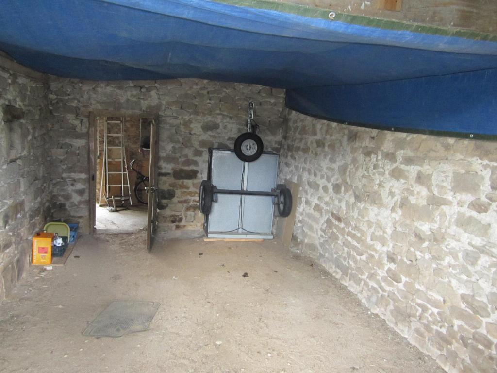 Entre cormatin et saint gengoux maison d 39 habitation for Assurance pno garage